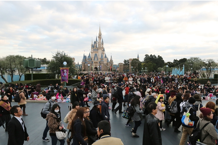 1983年には『東京ディズニーランド』が開園(写真は2016年撮影、時事通信フォト)