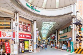 都内でも有数のアーケード商店街も魅力のひとつ(ハッピーロード大山)
