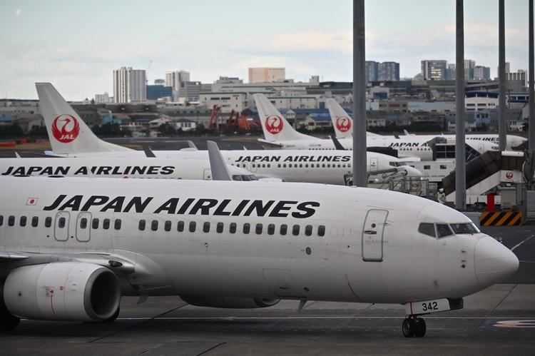 JALの経営難に政府はどう介入したか(AFP=時事)