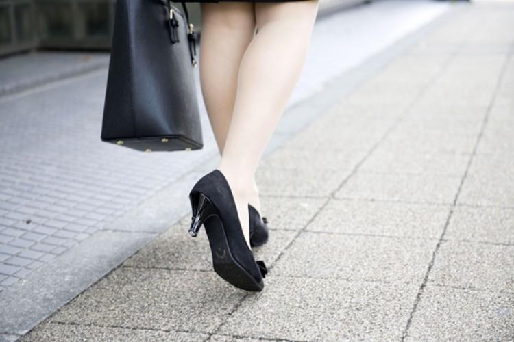 なぜコロナ禍で女性の雇用不況が顕著なのか(イメージ)