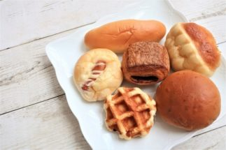 あんなに食べてたのに… 消費者の声から探る「菓子パン離れ」の背景