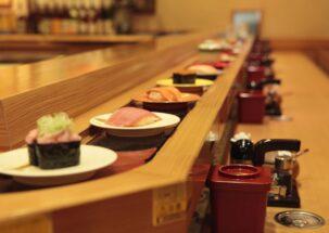 回転寿司ファンの一家「Go Toイートさえなければ…」の恨み節