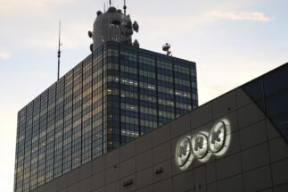"NHKが受信料徴収を強化へ 未契約世帯に""罰金""課す方針も"