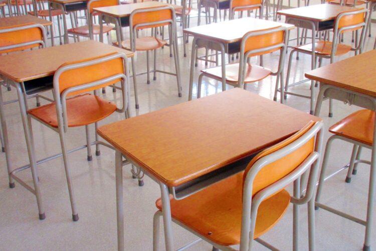 迷惑保護者の存在に学校の現場も辟易(イメージ)