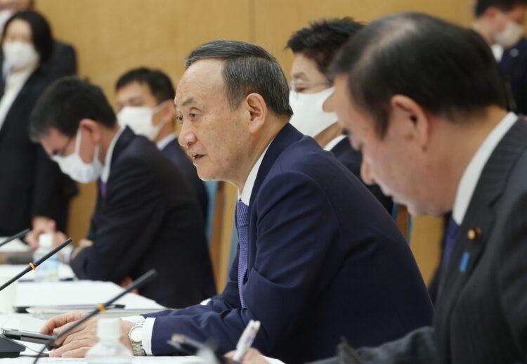菅政権の政策を宮内義彦氏はどう評価しているか(時事通信フォト)