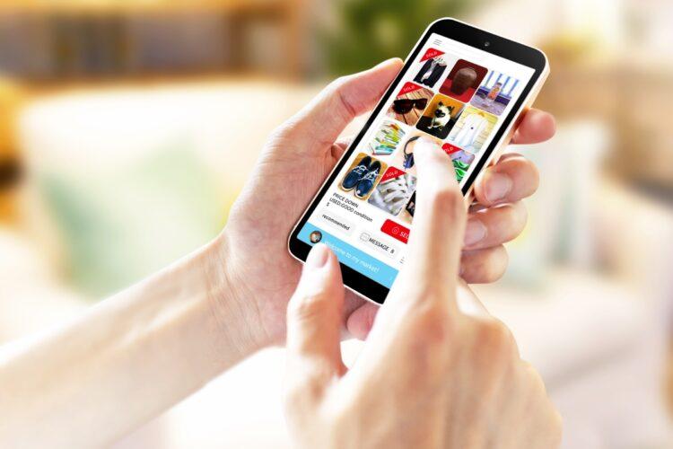 フリマアプリの出品を成功させるコツは?(イメージ)