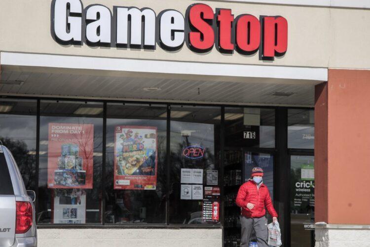 ゲームソフト販売チェーン・ゲームストップの株を舞台に壮絶な仕手戦が(米・イリノイ州。EPA=時事)