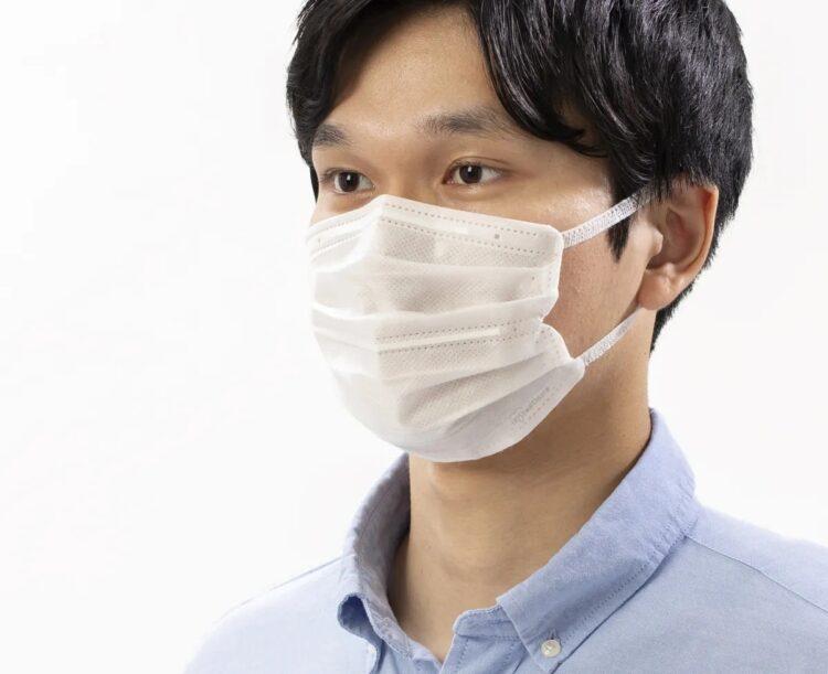 マスクの中央にワイヤー通すことで口元に空間ができ、息がしやすいという