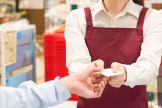 スーパー店員が見た「お客様」の人間模様 買い物せず会話だけしに来る人も