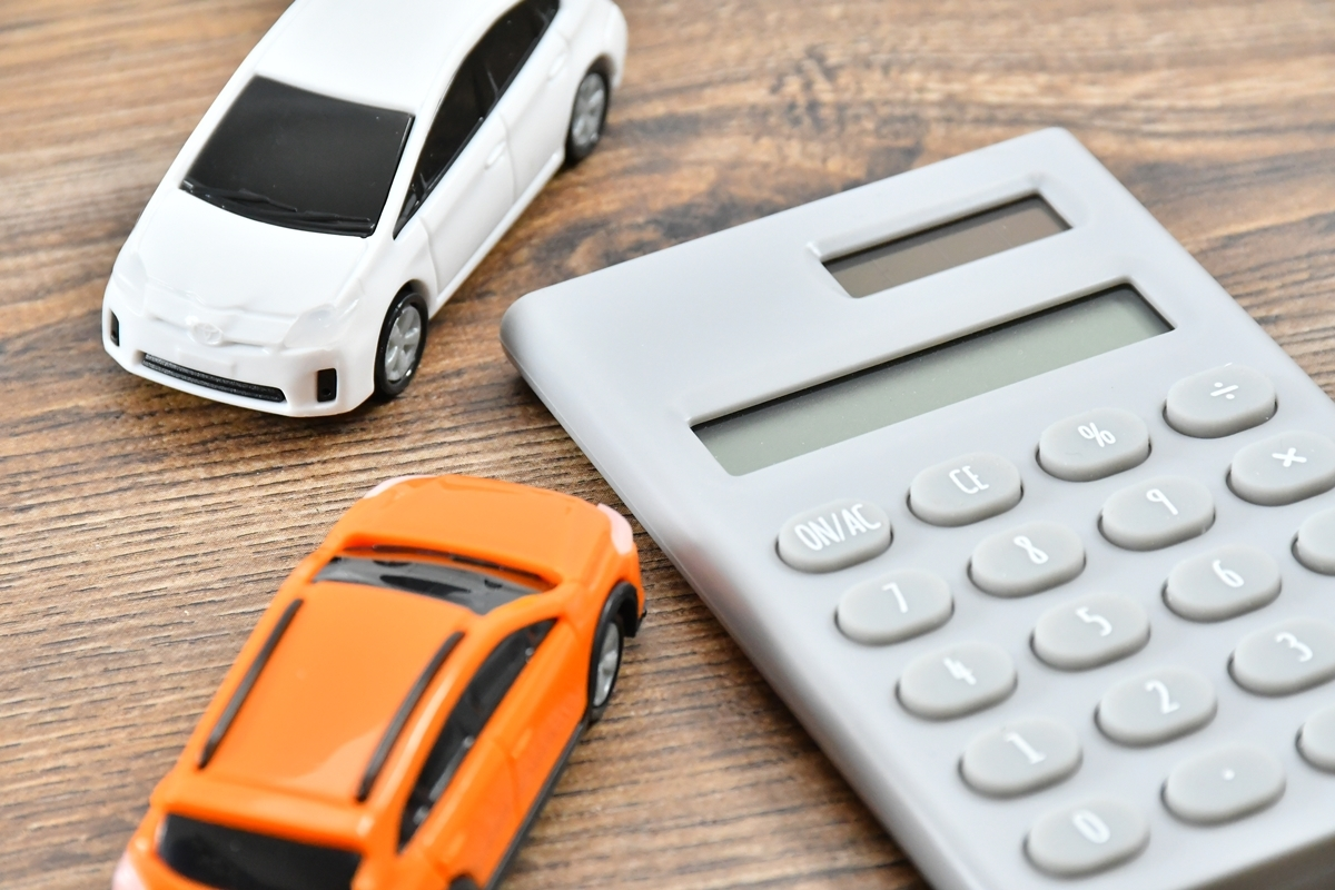 車の保有にこだわらなければ、年間数十万円も節約できる(イメージ)