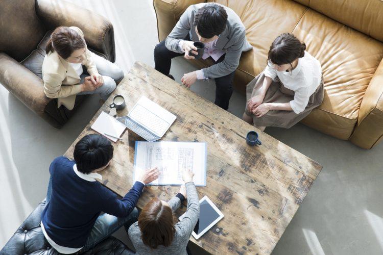相続や終末医療について話し合う「家族会議」をどう進めるか(イメージ)