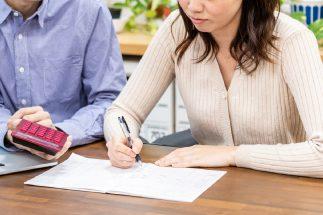 夫が妻に「もっと稼いで」と要求したら、次々と反論が飛び出してきた