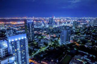 東南アジアの国は着実に経済成長しているというのに…(タイ・バンコクの夜景)