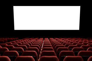 劇場公開と同じタイミングでネット配信を行う映画が増加している