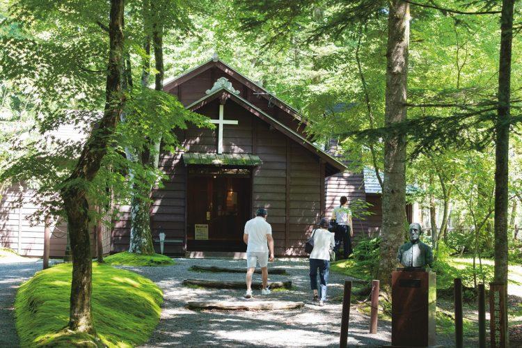 軽井沢には旧きよき時代の名所が多数(写真は『軽井沢ショー記念礼拝堂』。撮影/佐藤敏和)