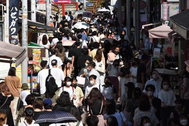 日本の若者を絶望に追い込んでいるものの正体は(イメージ。写真/共同通信社)