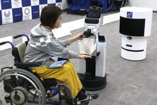 生活支援ロボットなどを東京オリパラ観客に披露する予定だった(時事通信フォト)