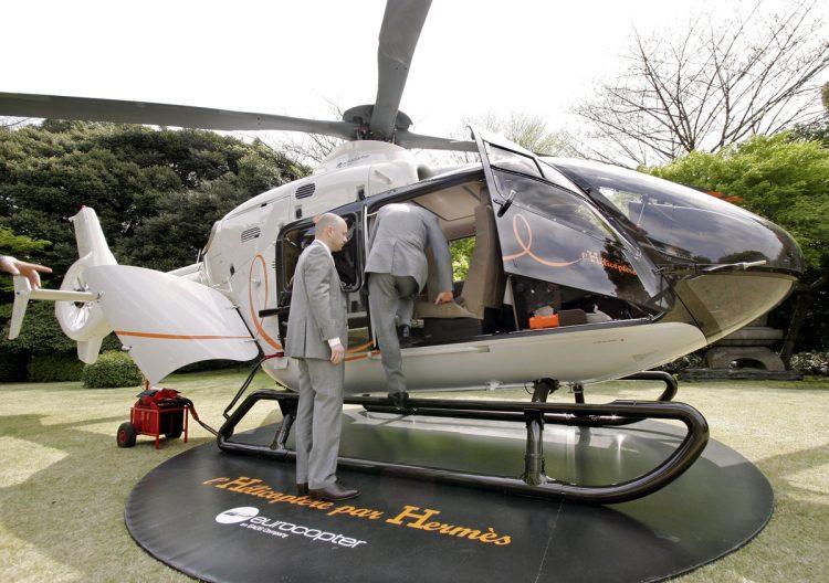 50代男性・A氏が購入を検討しているというエルメスのプライベートヘリ(写真/AFP=時事)