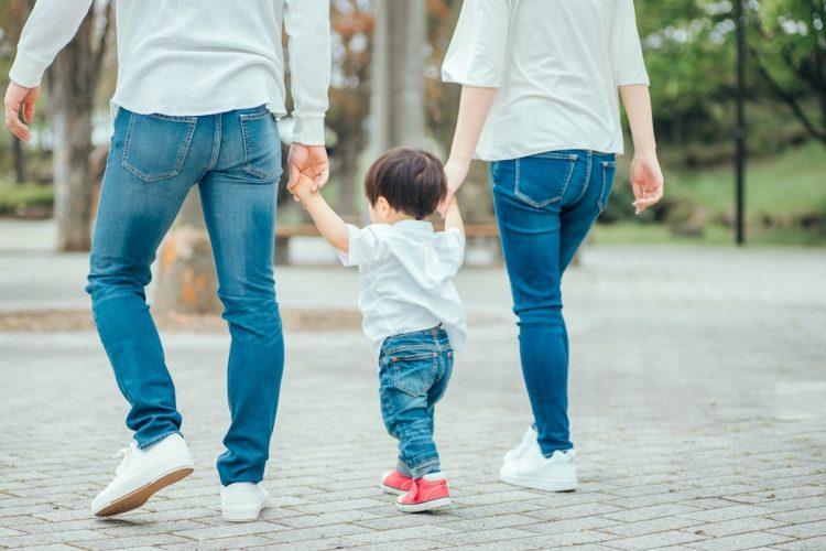子供の人生に、親がどう関わるかが問題?(イメージ)