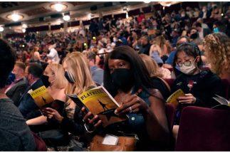 ニューヨークのブロードウェイミュージカルを見るにはワクチンパスポートが必要(写真/AFLO)